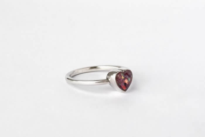 Heart-ring-with-ashes
