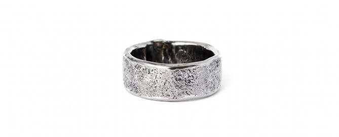 men-ring-with-ashes