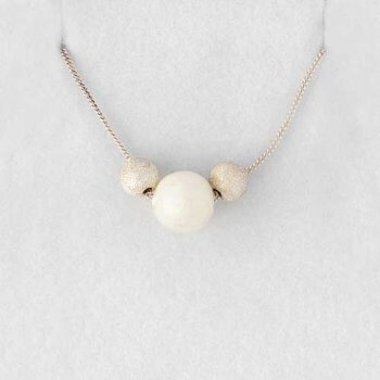 Amari keepsake pearl necklace
