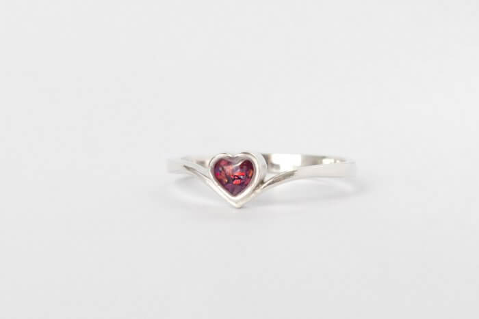 Dainty-Heart-Keepsake-ring