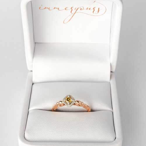Memorial champagne diamond gold set ring