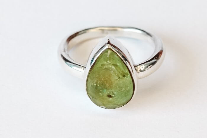 Ashes-in-gemstone-ring