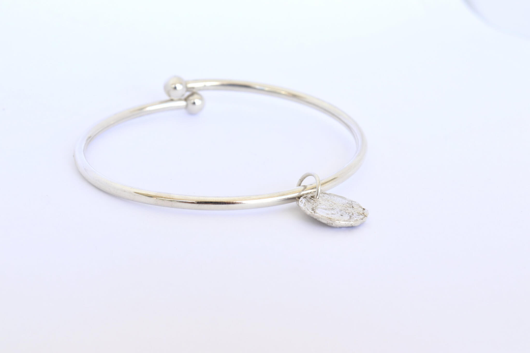 Keepsake-charm-with-bangle